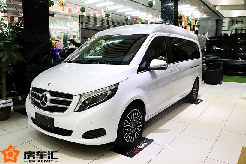 高顶隔断6座且符合国六排放标准的奔驰v260商务车报价