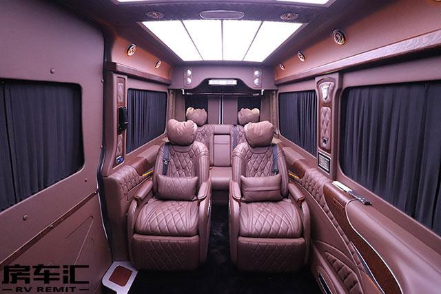 大空间高性价比 进口罗伦士斯宾特房车出行全新体验
