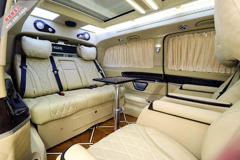 奔驰v260商务车七座报价和图片 迈巴赫版v级改装参数